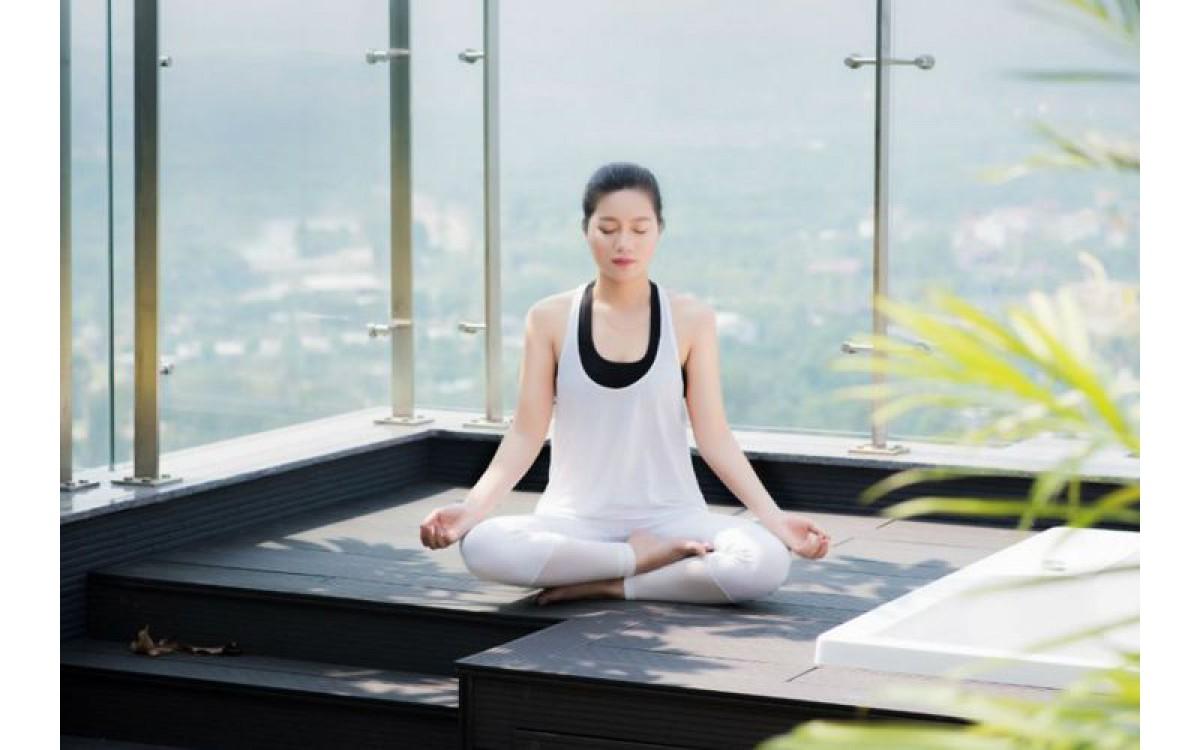5 lý do nên giữ tư thế đứng - ngồi thẳng